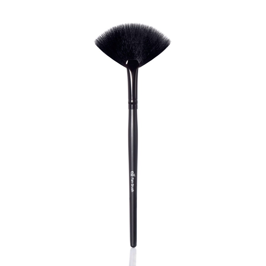 5. Fan Brush When you want a light shimmery effect, a fan brush is your best option because it is perfect for highlighting. Apply a bronzer/blush/shimmer duo such as Glo Minerals' Shimmer Brick ($32.50, gloprofessional.com) with their Fan Brush ($16, gloprofessional.com).