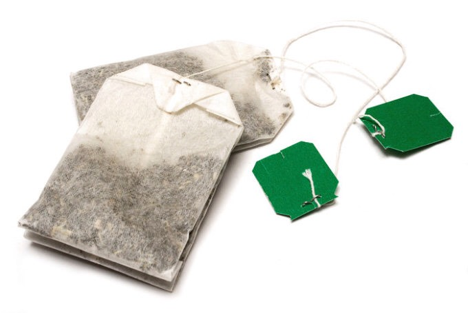 Use Earl Grey teabags to get rid of a sunburn. Cold teabags are also great for under your eyes!