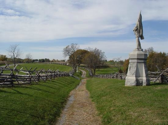 20.) Antietam Battlefield, Maryland The battle of Antietam is one of the most famous battles from the civil war, as well as from American History. Over 20,000 men died here, and many visitors have reported seeing apparitions in uniforms as well as hearing canon and gunfire
