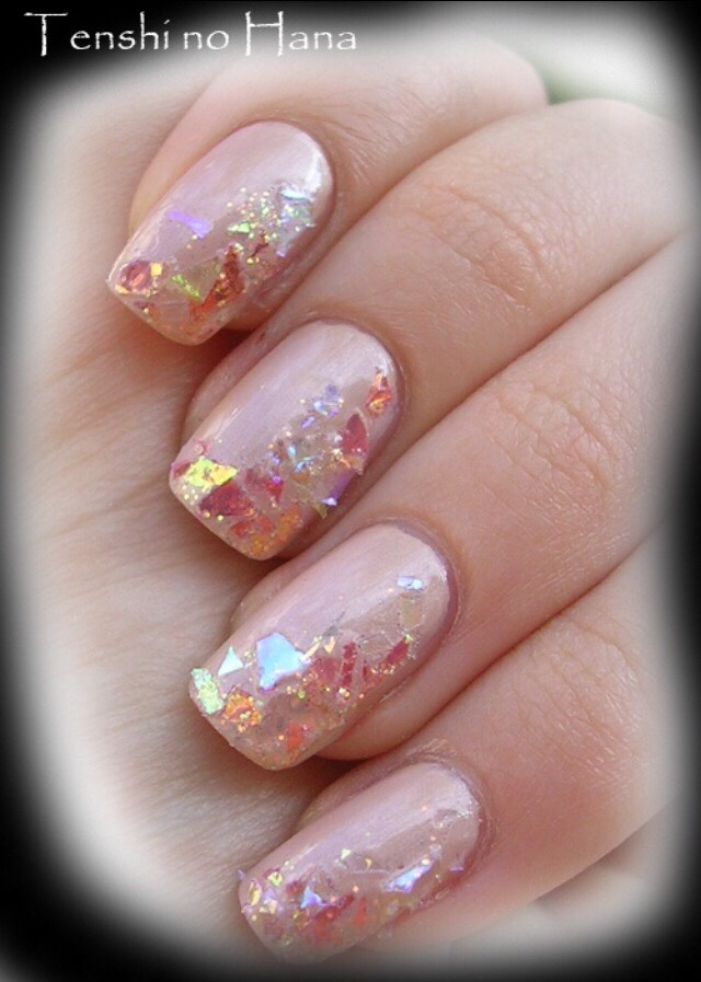 38. GLAMOUR GLITTER UP THE SIDES