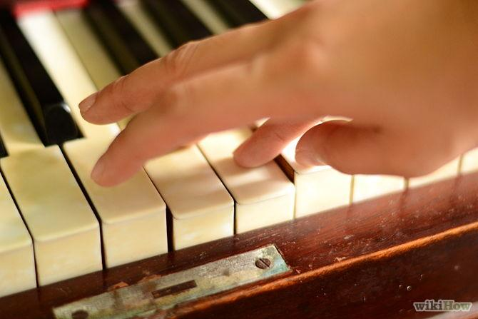 Pass finger 1 under finger 5 to play the next A note.